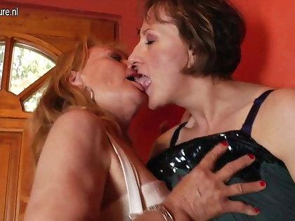 Two mature lesbians go crazy in da house