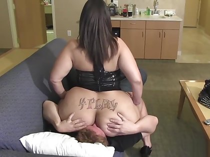 Big ass BBW milf ass licking,facesitting..