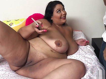 Hot Asian BBW MILF Miss LingLing seduces maintenance man