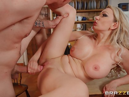 Flaxen-haired step mom goes slutty in a serious hard shag in the first place cam