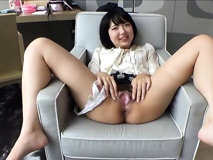 Fetish girl shows their way gaping hole