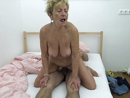 Hungarian Grannie wants to fuck