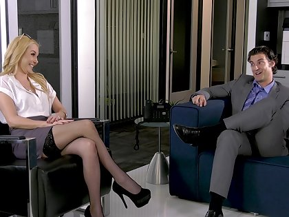 hoh - aaliyah reverence fucked in the office break precinct -
