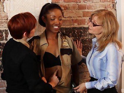 Interracial lesbian fucking on the table with sexy Nina Hartley