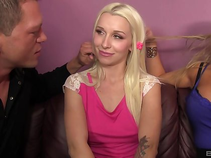 Horny blondes Abbey Brooks and Stevie Shae fix it to share a detect