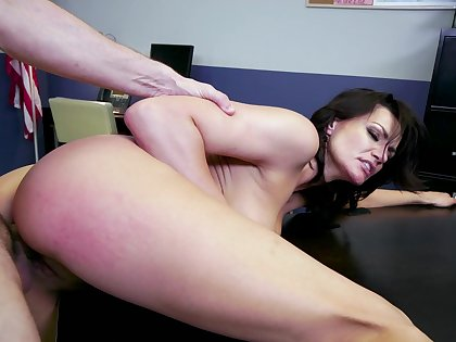 In an date setting, Becky Bandini gives up her mouth coupled with tasty pussy