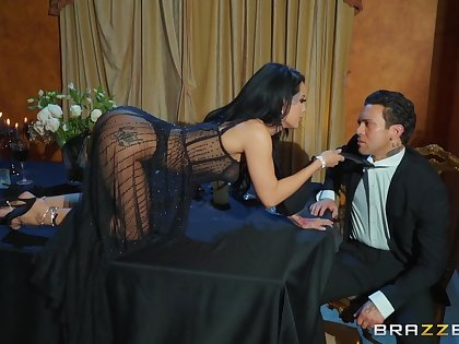 Team a few men ruin this brunette wife's exasperation and pussy in all directions dirty trio