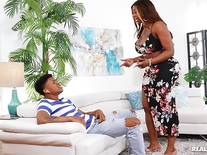 Aroused ebony twerks her thick ass with along to son's detect inside her