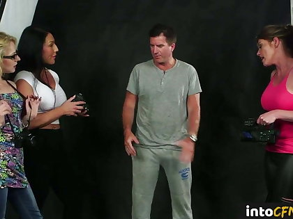 British CFNM dommes filming sub during bj sesh