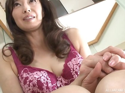 Polluted Otowa Ayako loves rubbing their way pussy before of a guy