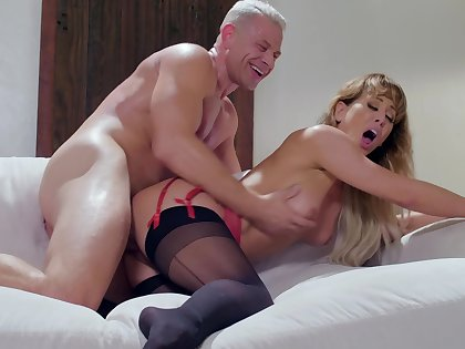 Studly gent fucks his new, age-appropriate girlfriend, Cherie Deville