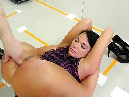 Dad imprecise carnal knowledge with playmate' crony's daughter and anal hd