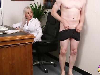 Office lady Lexi Ryder takes a throbbing cum gun near their way horny mouth