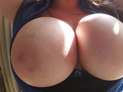 Prexy amateur slut wants jizz on those melons